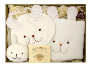 名入れオーガニック出産祝いギフト【ウサギ(中)】